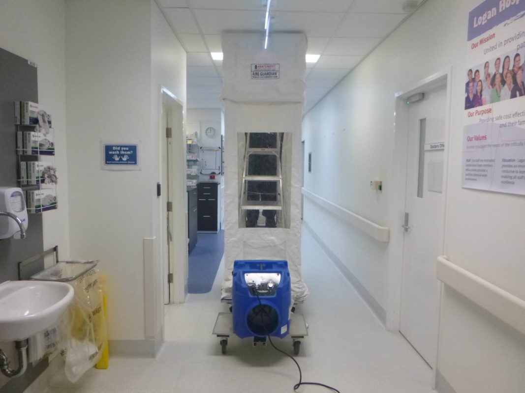 Portable containment cube in hospital ICU unit